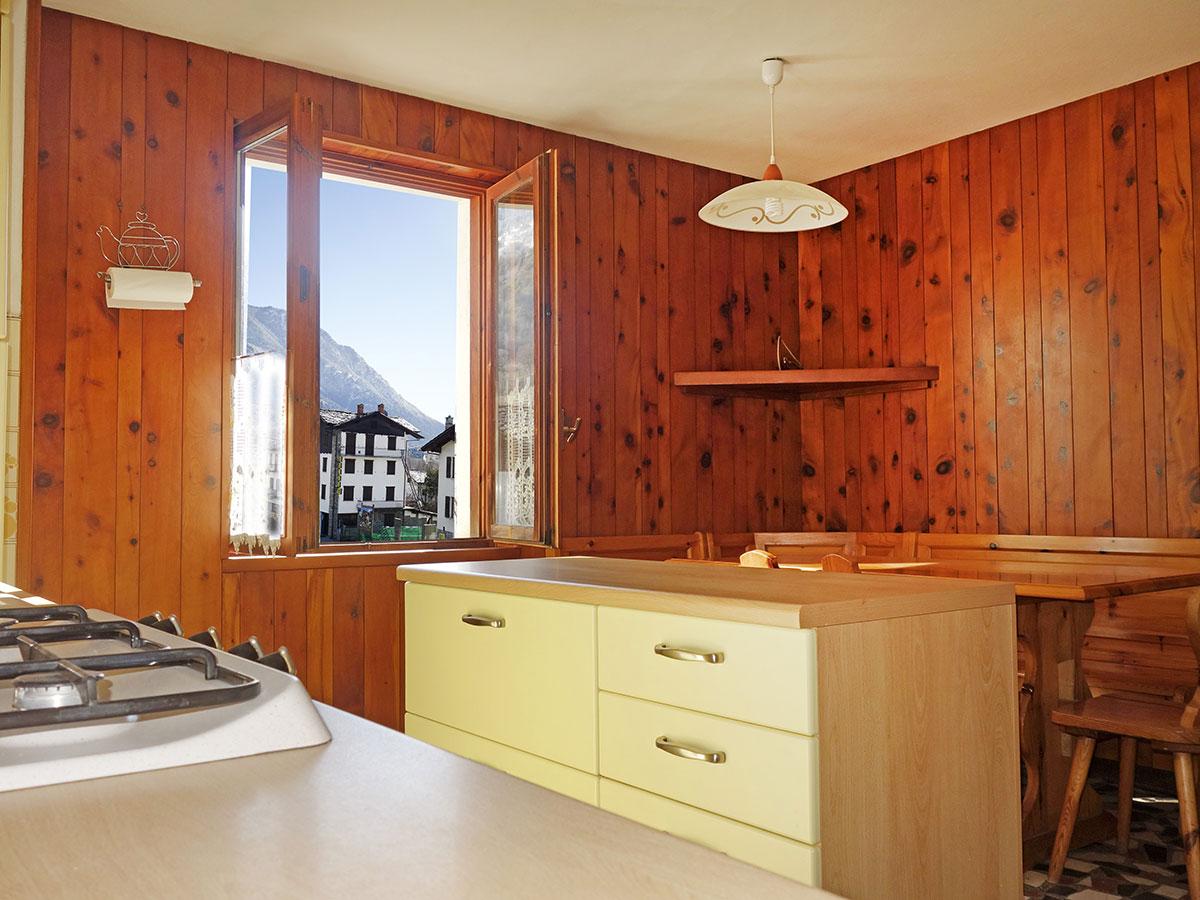 Isigest vendita attico mansarda valle d aosta morgex 170 mq 6 locali 10 vani - Cucina 10 mq ...