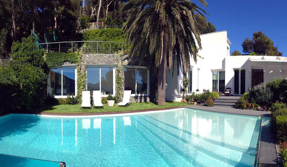 Isigest case ville e appartamenti in vendita e affitto - Ville in affitto al mare con piscina ...